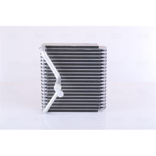 NISSENS Evaporator, air conditioning 92015