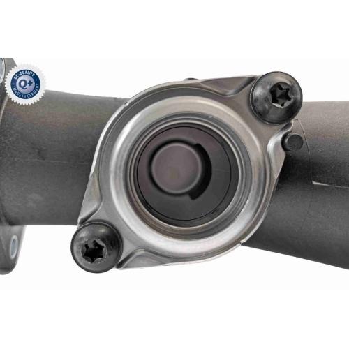 Charger Air Hose VAICO V10-6737 Q+, original equipment manufacturer quality VAG